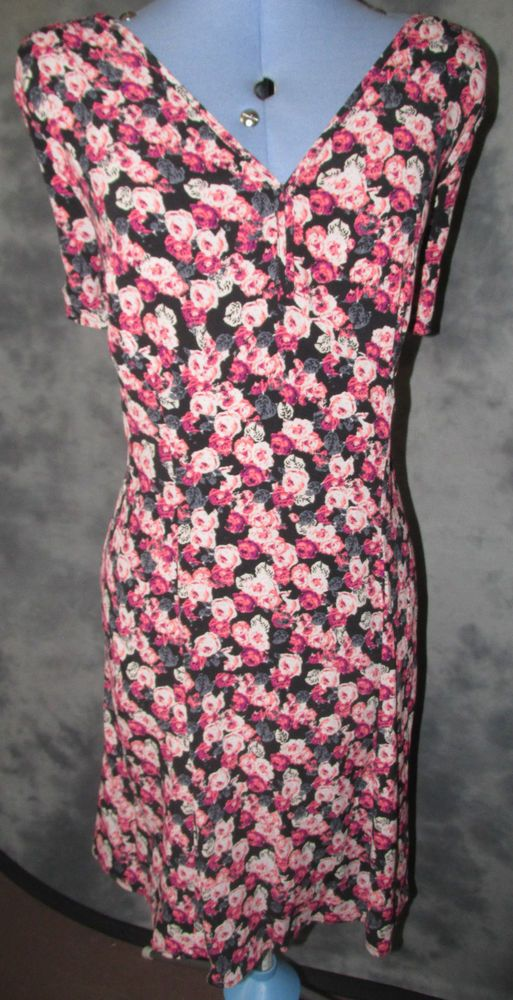 marks and spencer,ladies,size 20,v neck,short sleeved,knee length,casual,T dress