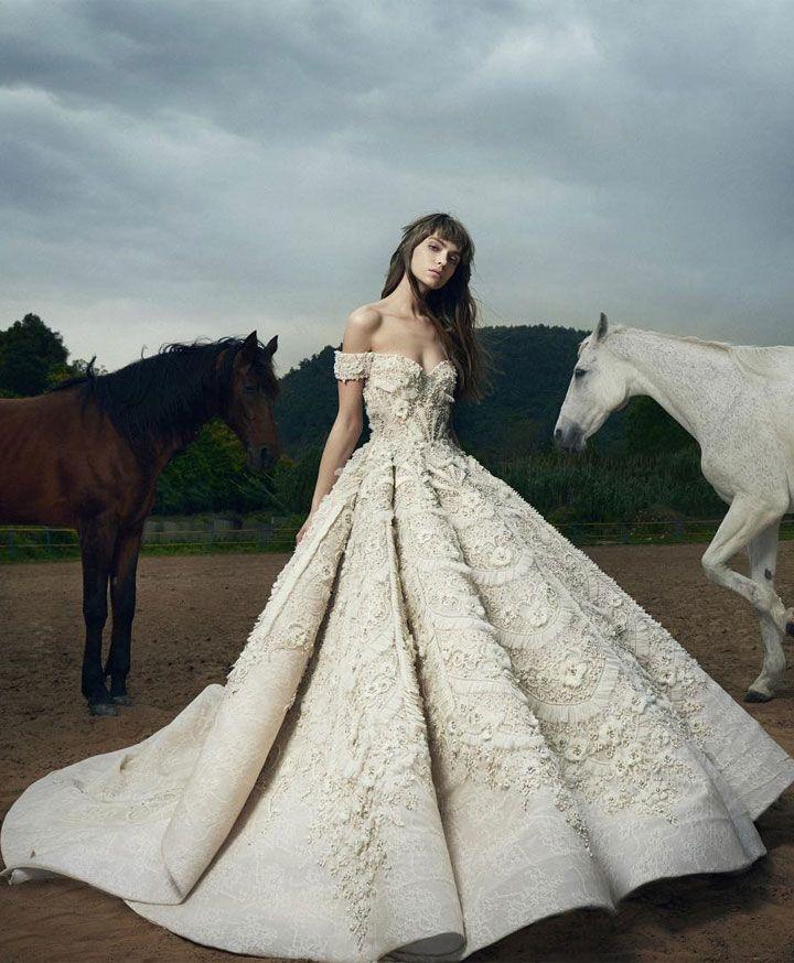 Saiid Kobeisy Wedding Dress | Wedding Dress Inspiration #weddingdress #weddingdresses #bridalgown #bridal #bridaldresses #bridaldress