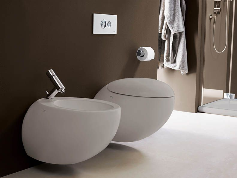 Il Bagno Alessi One sanitaryware from Laufen is available in white or warm grey The WC and