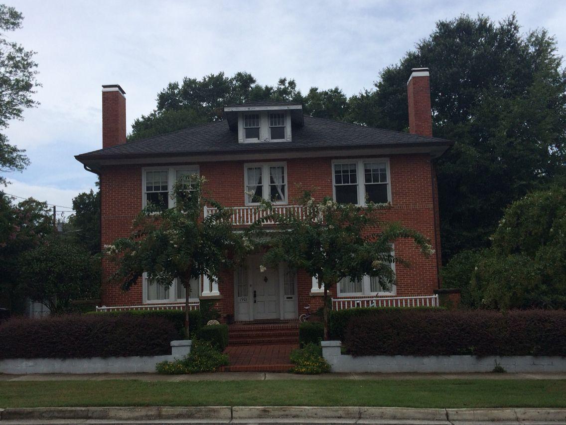 Peyton Sawyer's house. 1901 chestnut street in Wilmington