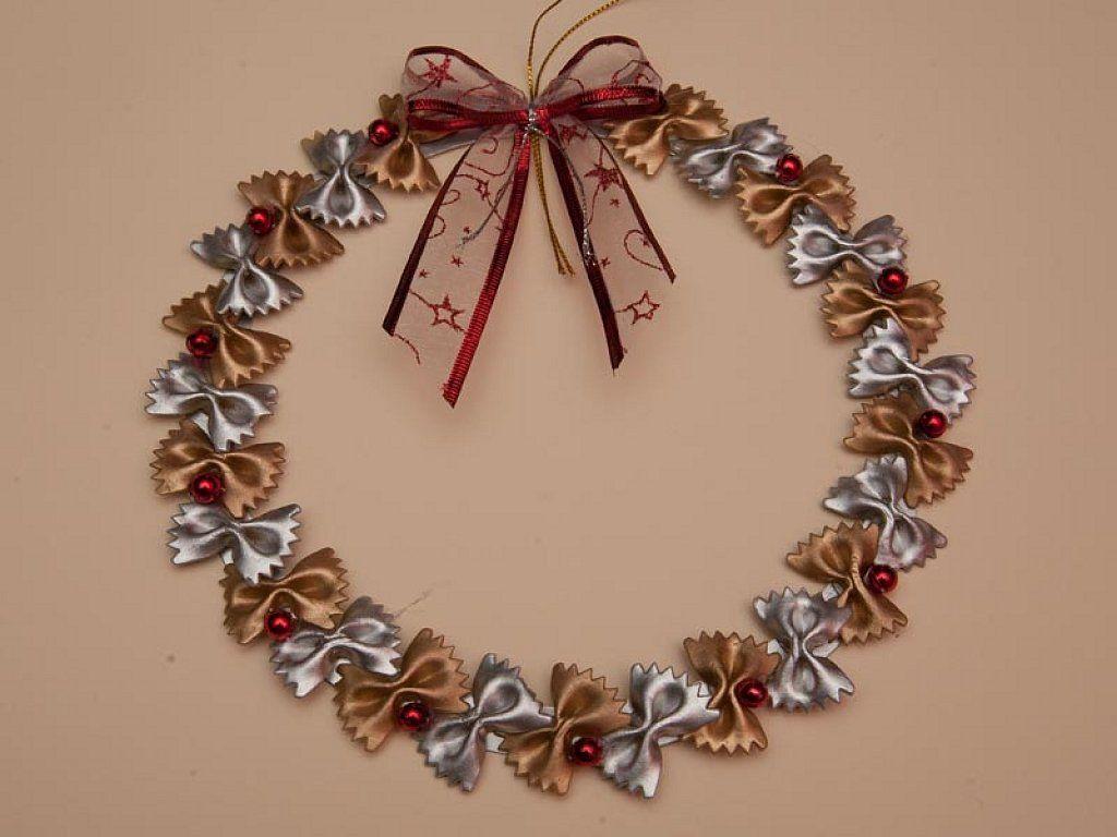 Originales adornos navide os hechos con pasta for Adornos navidenos que se pueden hacer en casa