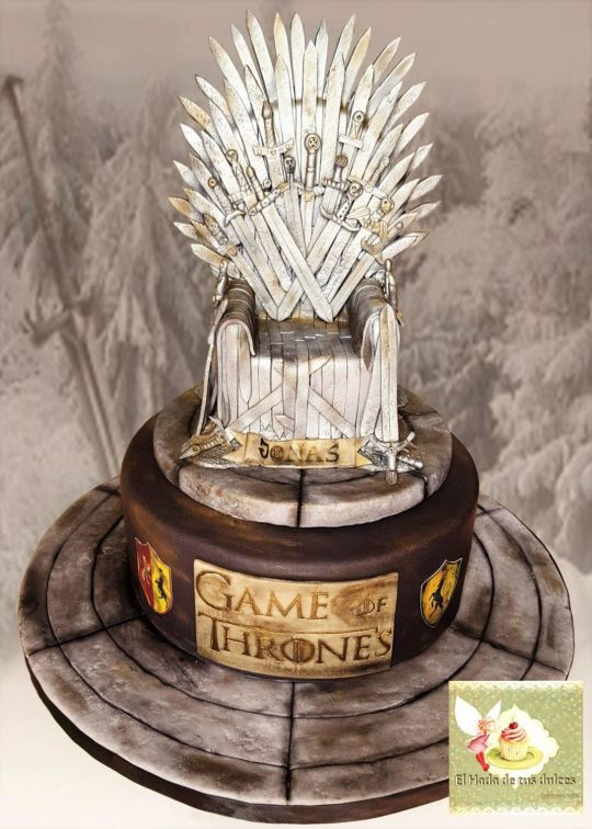 games of thrones cake cakes. Black Bedroom Furniture Sets. Home Design Ideas