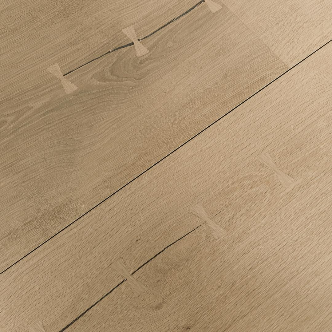 Parquet In Legno Duro you may not notice at first sight, but when studying the