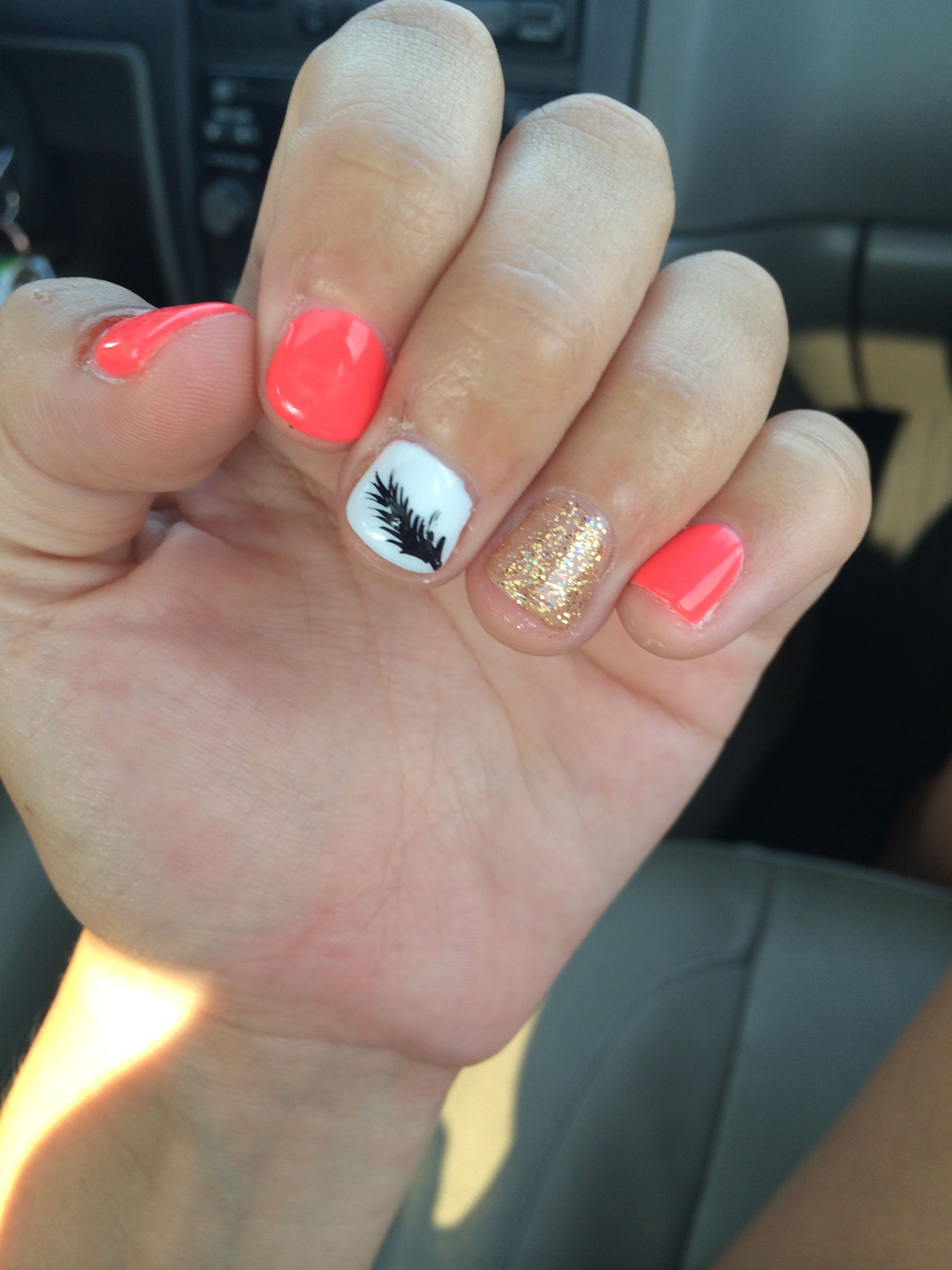 #nails #feather