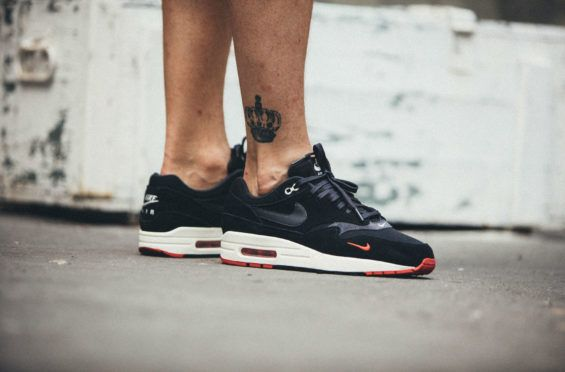 c820070816 ... australia an on feet look at the nike air max 1 premium bred the bred  color