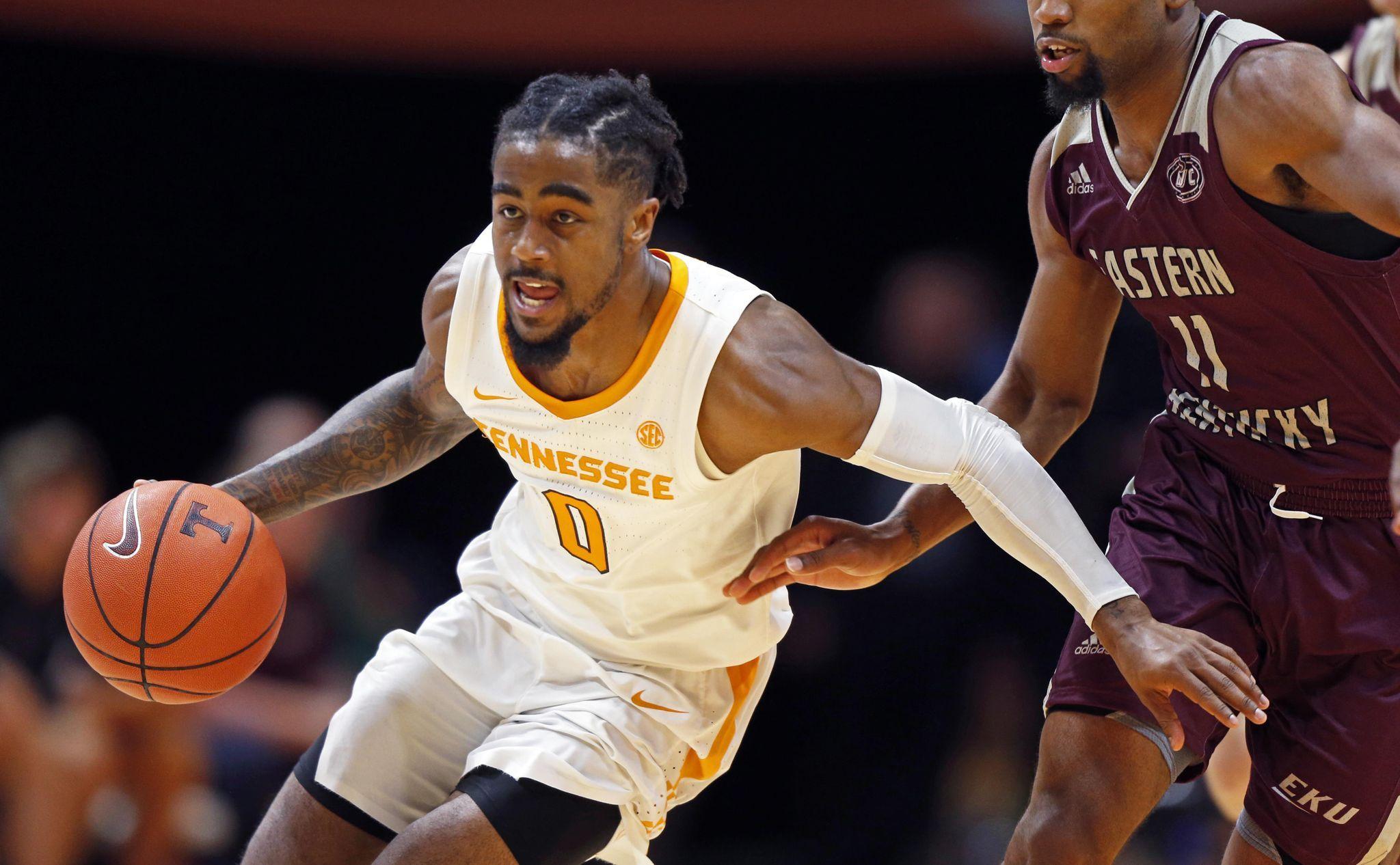 Bone Making Big Strides In Junior Season For No 3 Tennessee Basketball Season Basketball News Tennessee