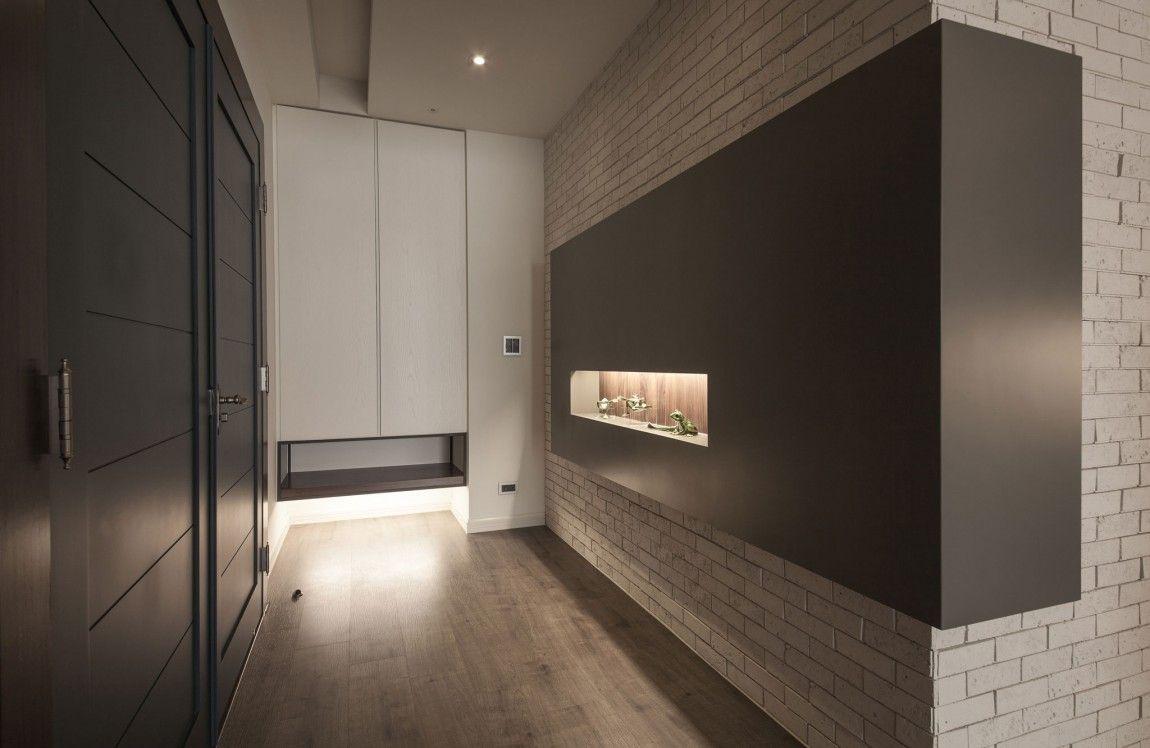 Staggering tips: modern minimalist interior islands modern