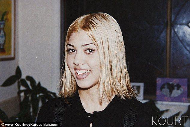 teenage-blonde-pubic-hair-sarah-drake-nude