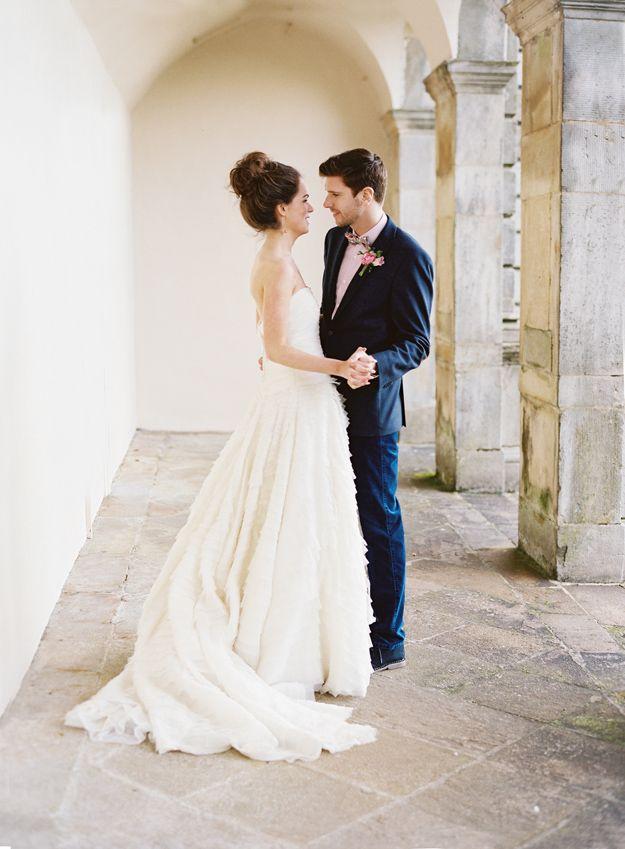 Kleid + Bräutigam: kein rosa Hemd unter den blauen Anzug! | Ideen ...
