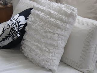 More than pillows ... - * Decoration and Invention *