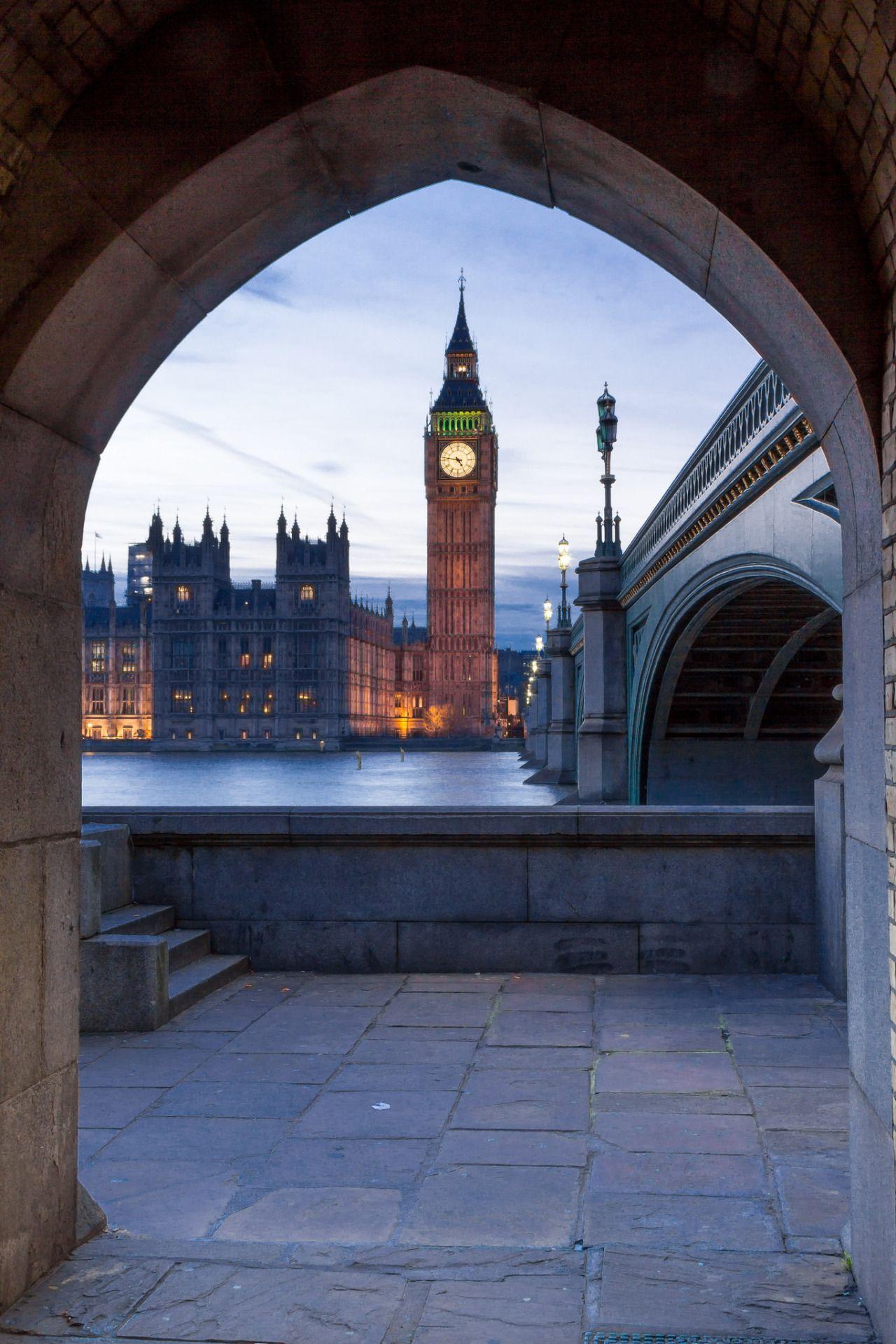 "breathtakingdestinations: ""  Big Ben - London - England (by Graham Duerden) "" x"