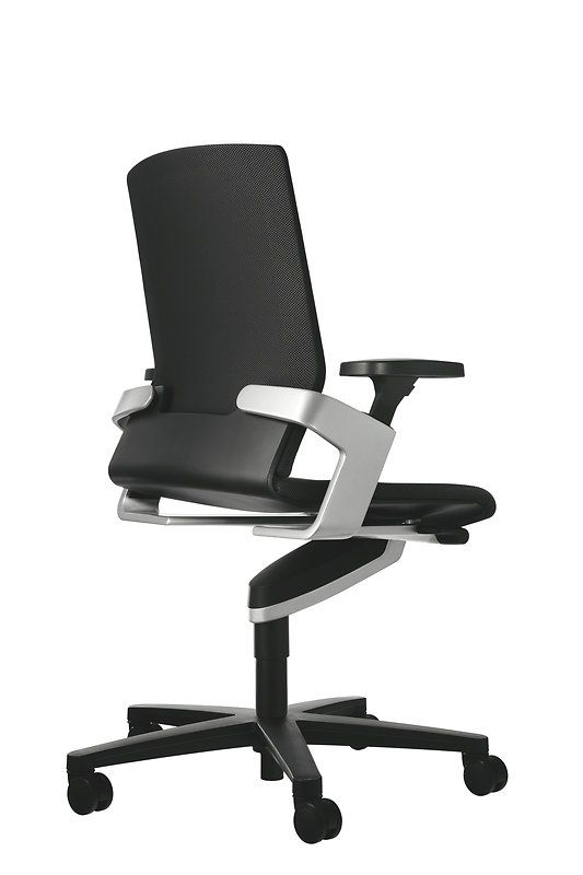 On Black Office Chair With Trimension Three Dimensional Synchro Adjusted Dynamic Seating Desi Best Office Chair Office Chair Design Ergonomic Office Chair