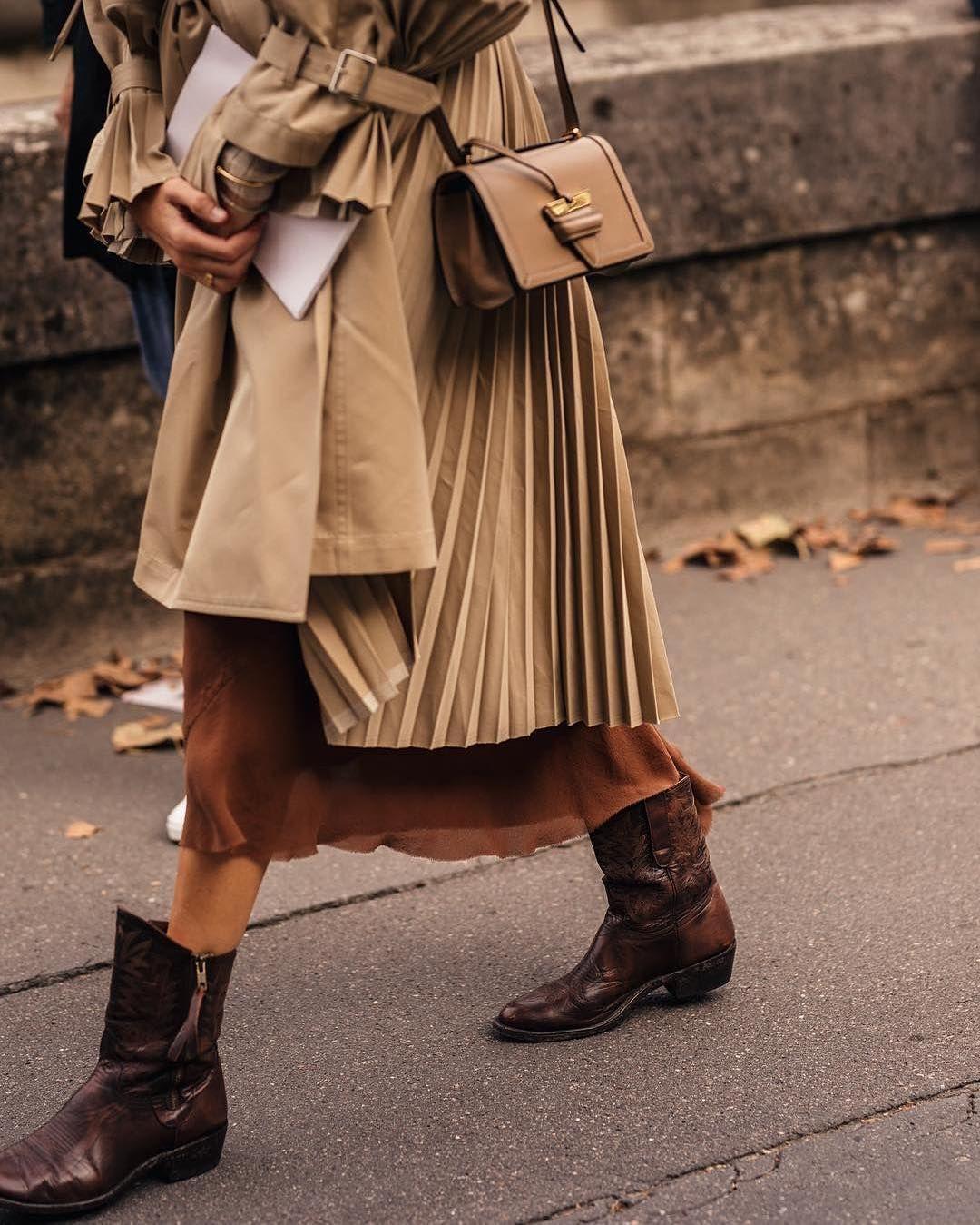 Obraz Moze Zawierac Co Najmniej Jedna Osoba I Buty Fashion Stylish Fall Outfits Cowboy Outfits