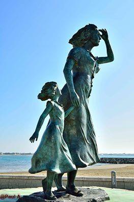 Statue de l'espérance par Pol Pennarbed