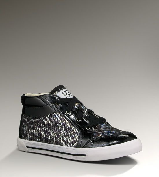 Kids AUBRY - ANIMAL By UGG Australia. Absolutely love these. One of the benefits of having small feet