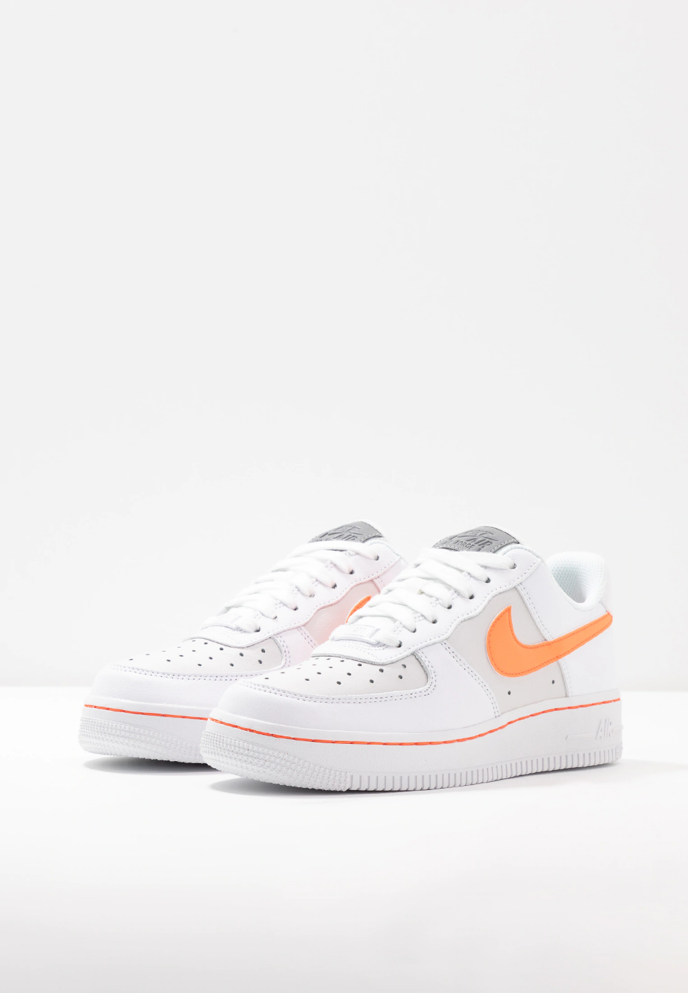 AIR FORCE 1 - Trainers - white/total orange/platinum tint ...