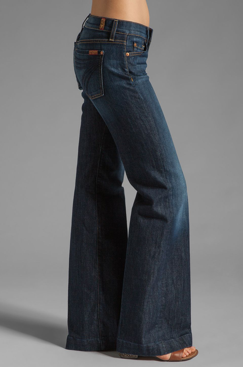 Pin By Ninoska Beauty On Favourite Clothes In 2021 Flair Jeans Jeggings Outfit Clothes