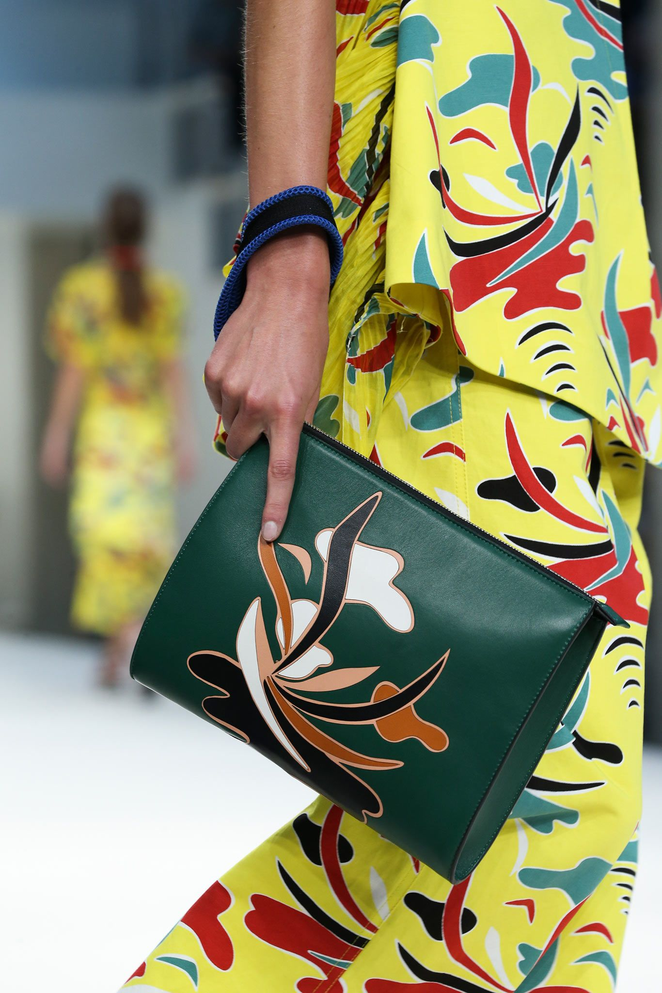 Marni Spring 2015 Ready-to-Wear - Details - Gallery - Look 7 - Style.com