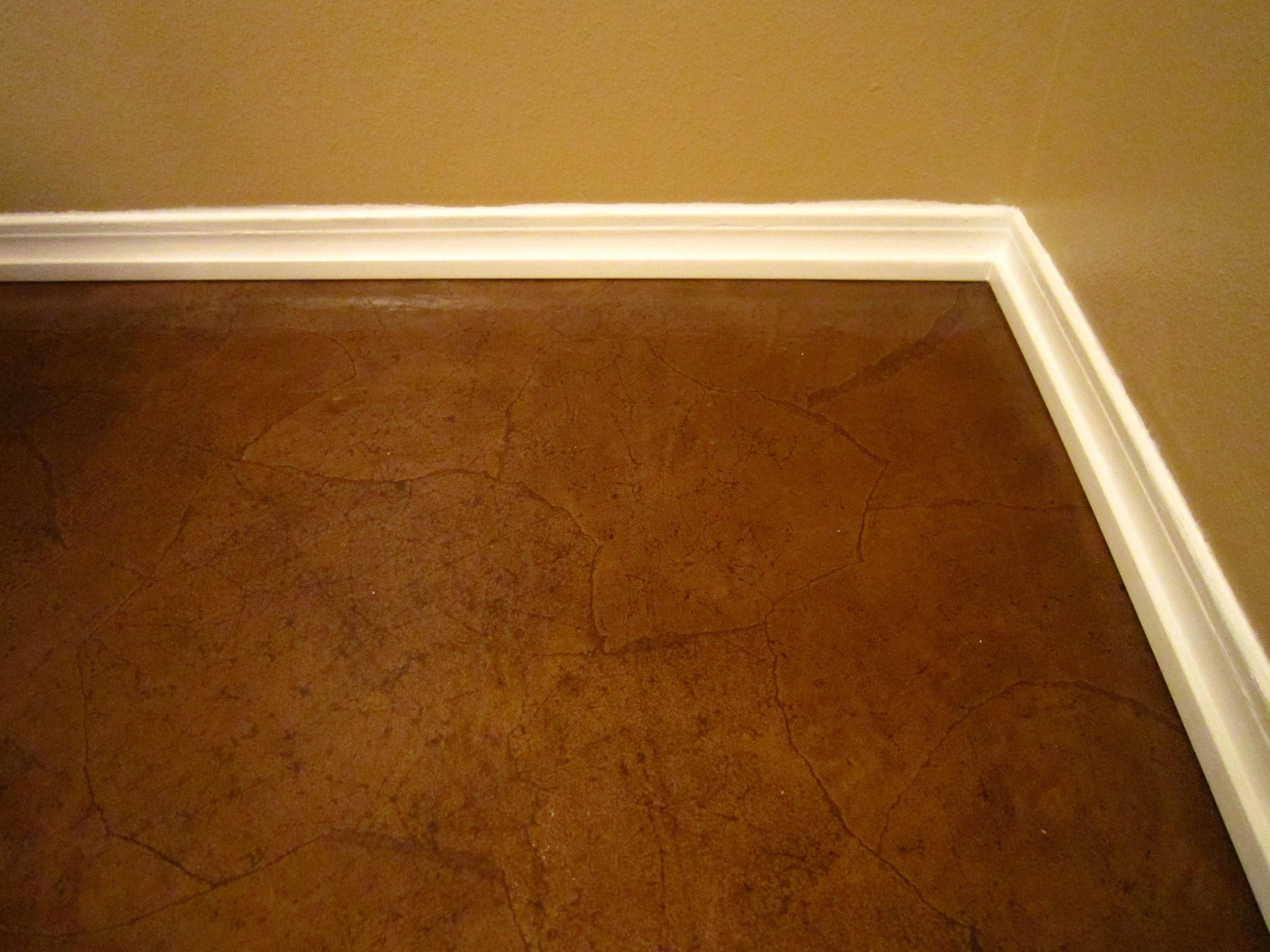 Diy stained brown paper floor awesomeness under 30 do it diy stained brown paper floor awesomeness under 30 do it yourself hardwoodlaminate floor alternative solutioingenieria Images