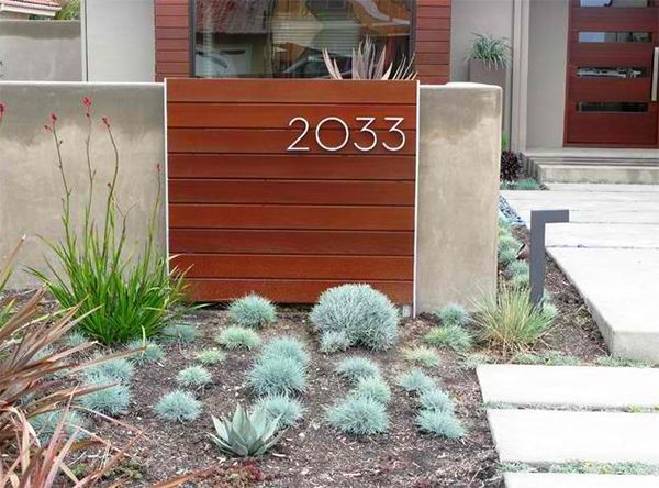 20 Beautiful House Number Designs Of Modern And Contemporary Homes Contemporary Landscape Design House Numbers Modern Landscaping