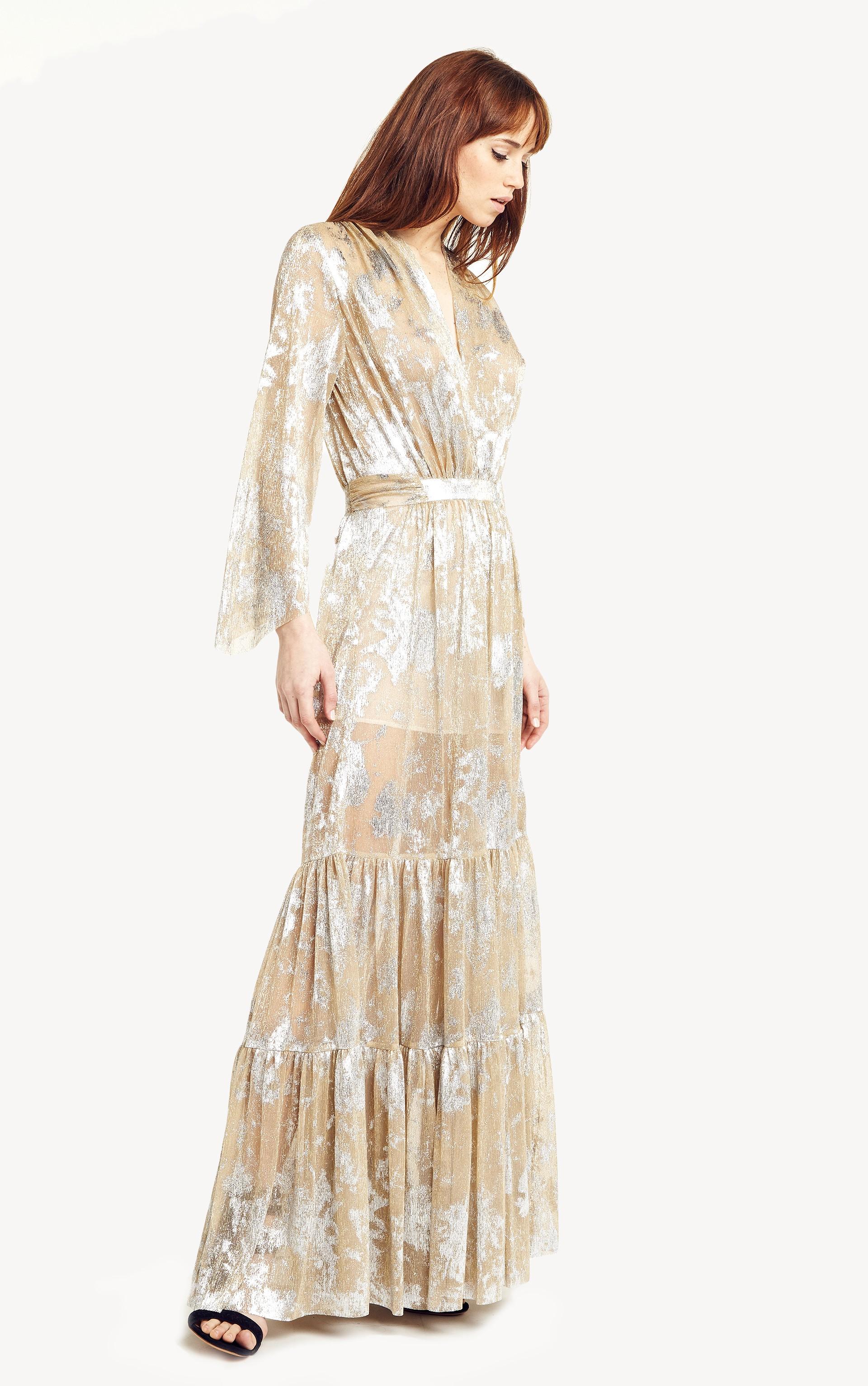 73aa5bc1d628 Robe Bash modèle Hendrix   longue robe décolleté cache coeur dorée et  argentée à louer 40