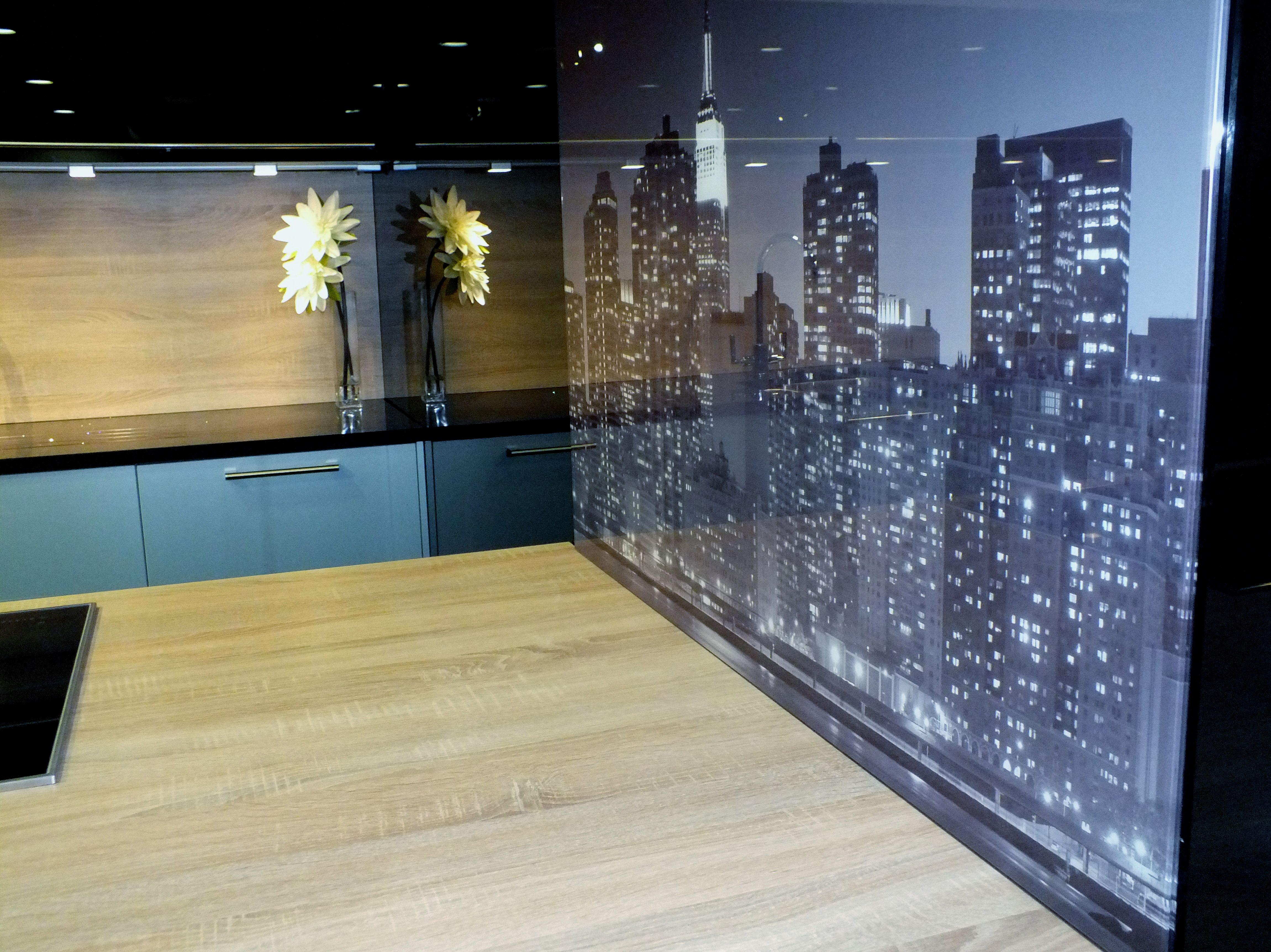 Printed Kitchen Glass Splashback - Manhattan skylights www.glass-houseuk.co.uk