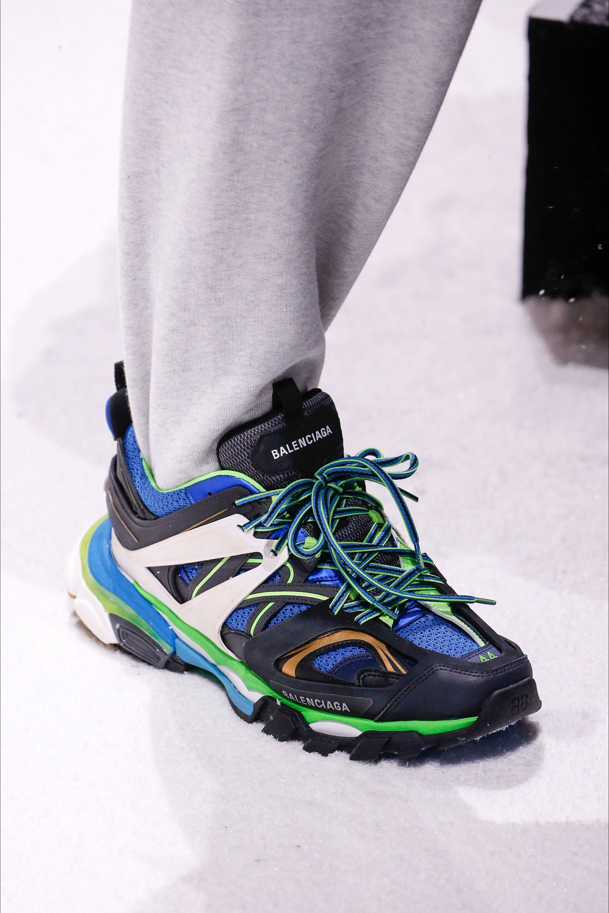 32929a6a19 Track Balenciaga Shoes Sneakers Magazine Gentsome Sport xaaqYwrE