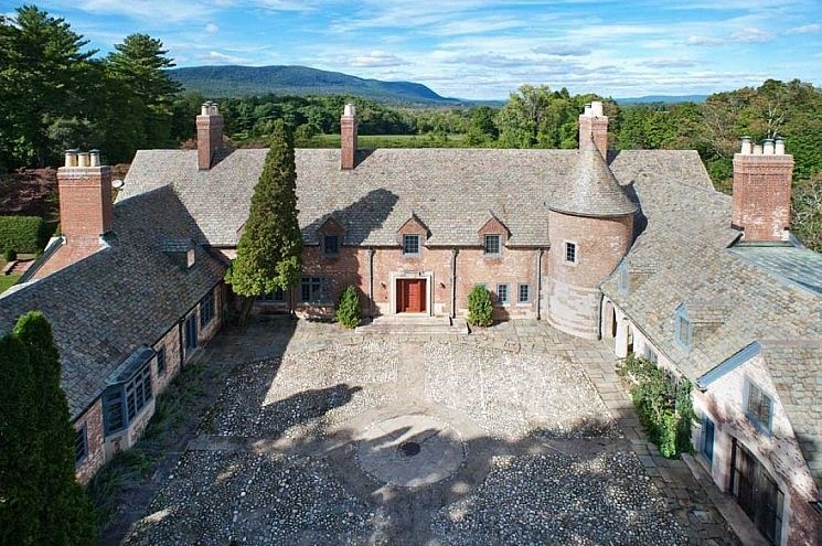 Litchfield County Home For Salisbury Ct Elyse Harney Real Estate
