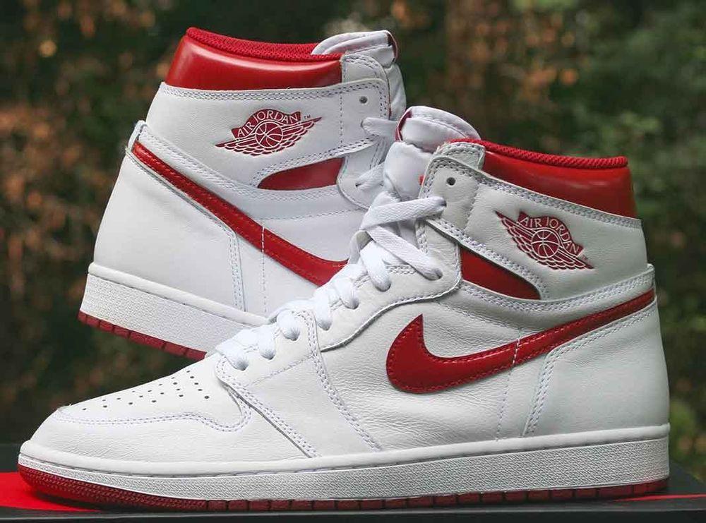 Air Jordan 1 Tout Blanc Au Milieu Du Siècle