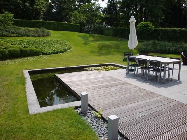 terrasse pavs et bois avec bassin langle jardin pinterest small pools woods and decking