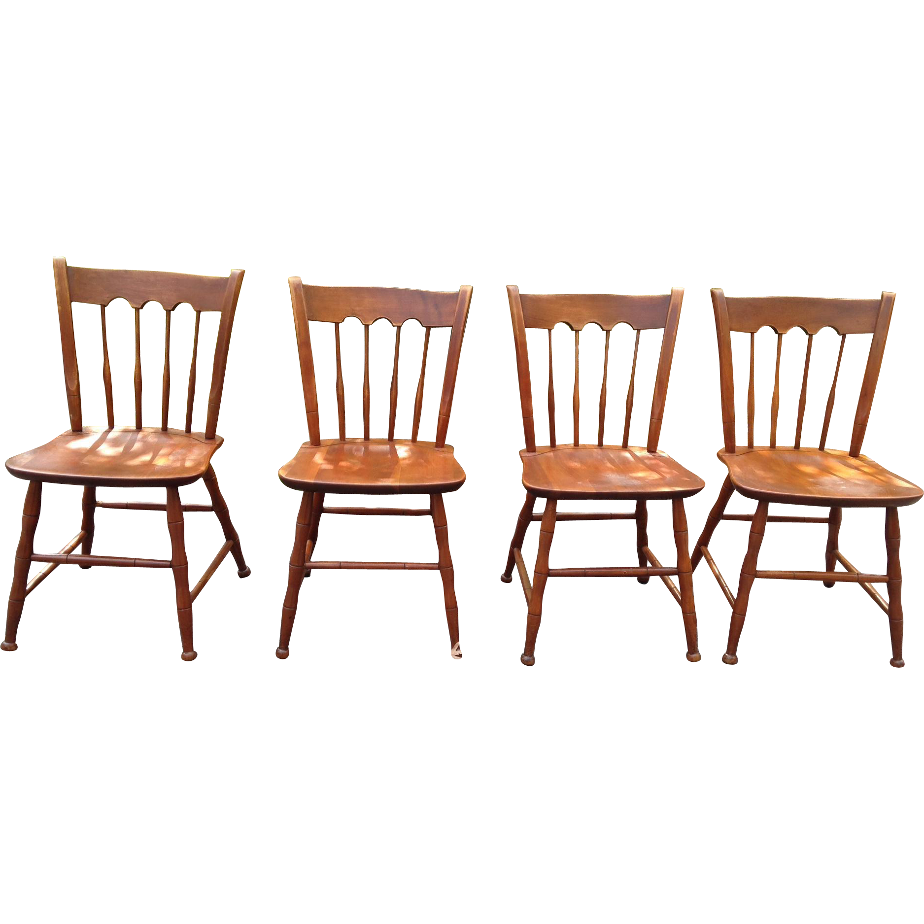 Ethan Allen Baumritter Set of 4 Solid Cherry Windsor Dining Chairs