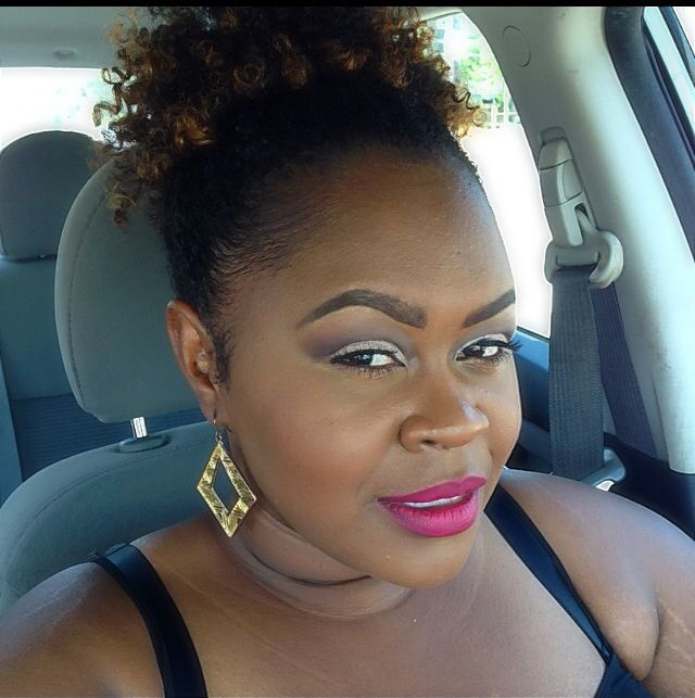 Bold lips @monicarosebeauty