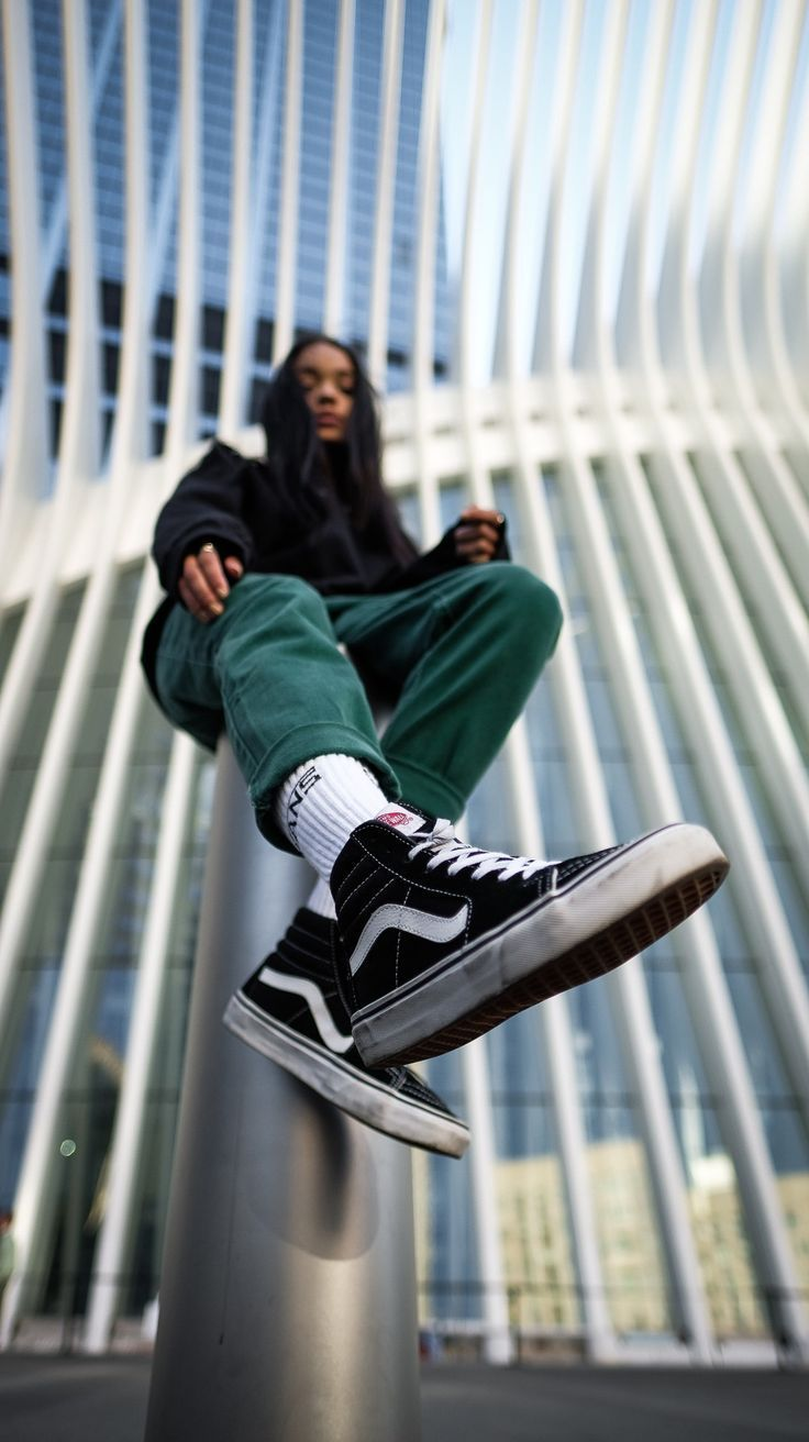 Photo of Whos That Vans Girl: @AlexisKenzie Wenn es um den Killer Sk8-Hi geht