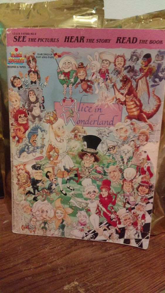 1985 Alice in Wonderland Book - Paul Zindel - Very Rare - AUC - Song Book Only