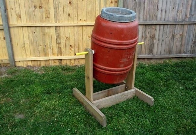 DIY Compost Bin   5 You Can Make