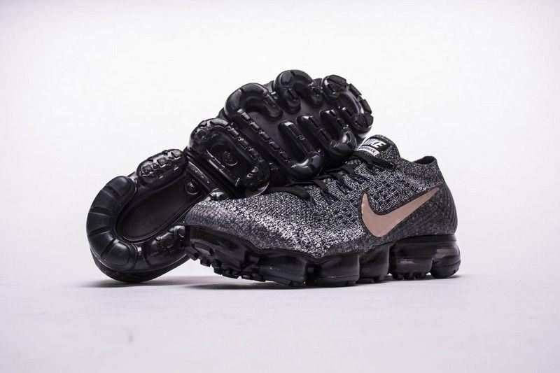 sports shoes 036e4 467c8 Pin by Elton on Nice shoes in Yeezymark | Pinterest | Nike ...