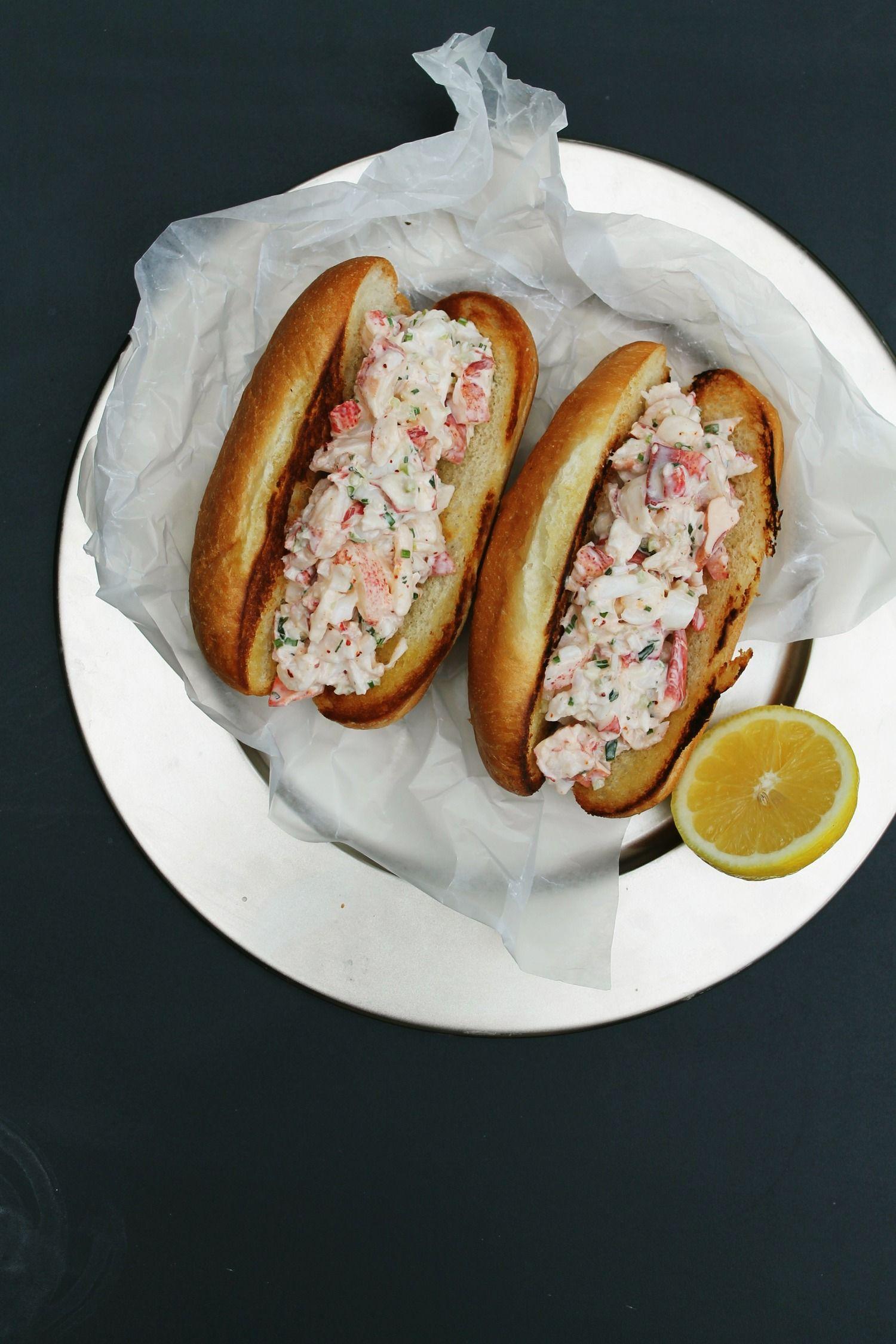 Lobster rolls summer lunch menu 300 calorie meals