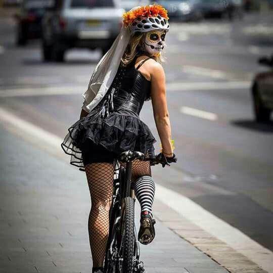 Catrina ciclista