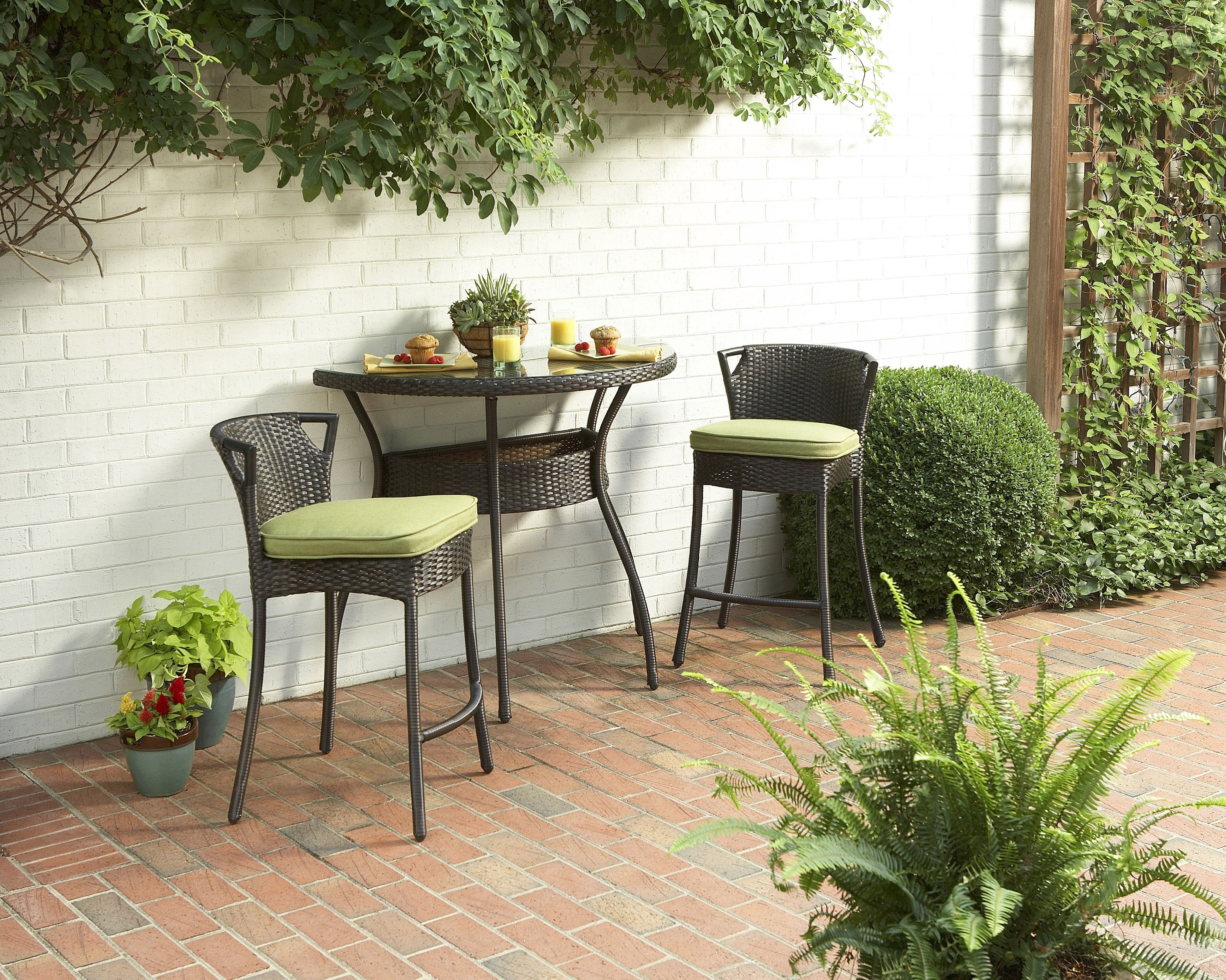 Dreaming about brunch on the allen roth Mayers Bistro set