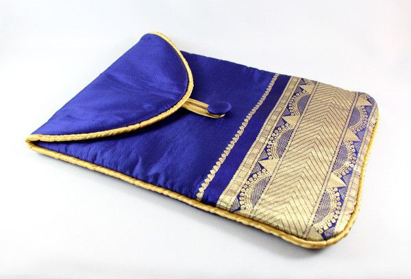 A lovely IPAD case for textile lovers.