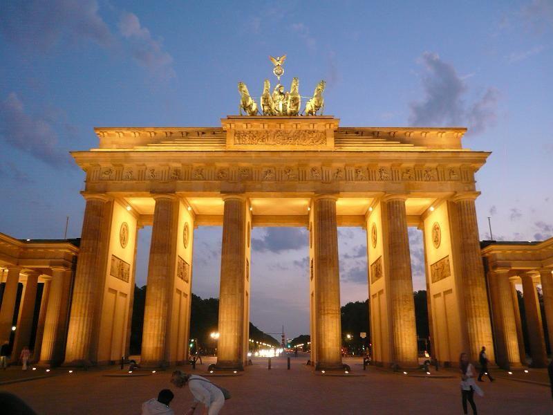 Brandenburger Tor Berlin 林 鳩