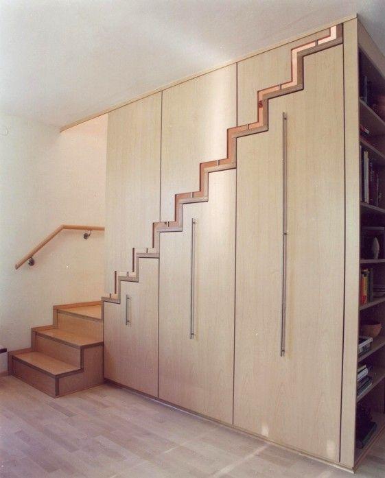 schrank treppe aus holz mit viel verstecktem stauraum treppen pinterest. Black Bedroom Furniture Sets. Home Design Ideas