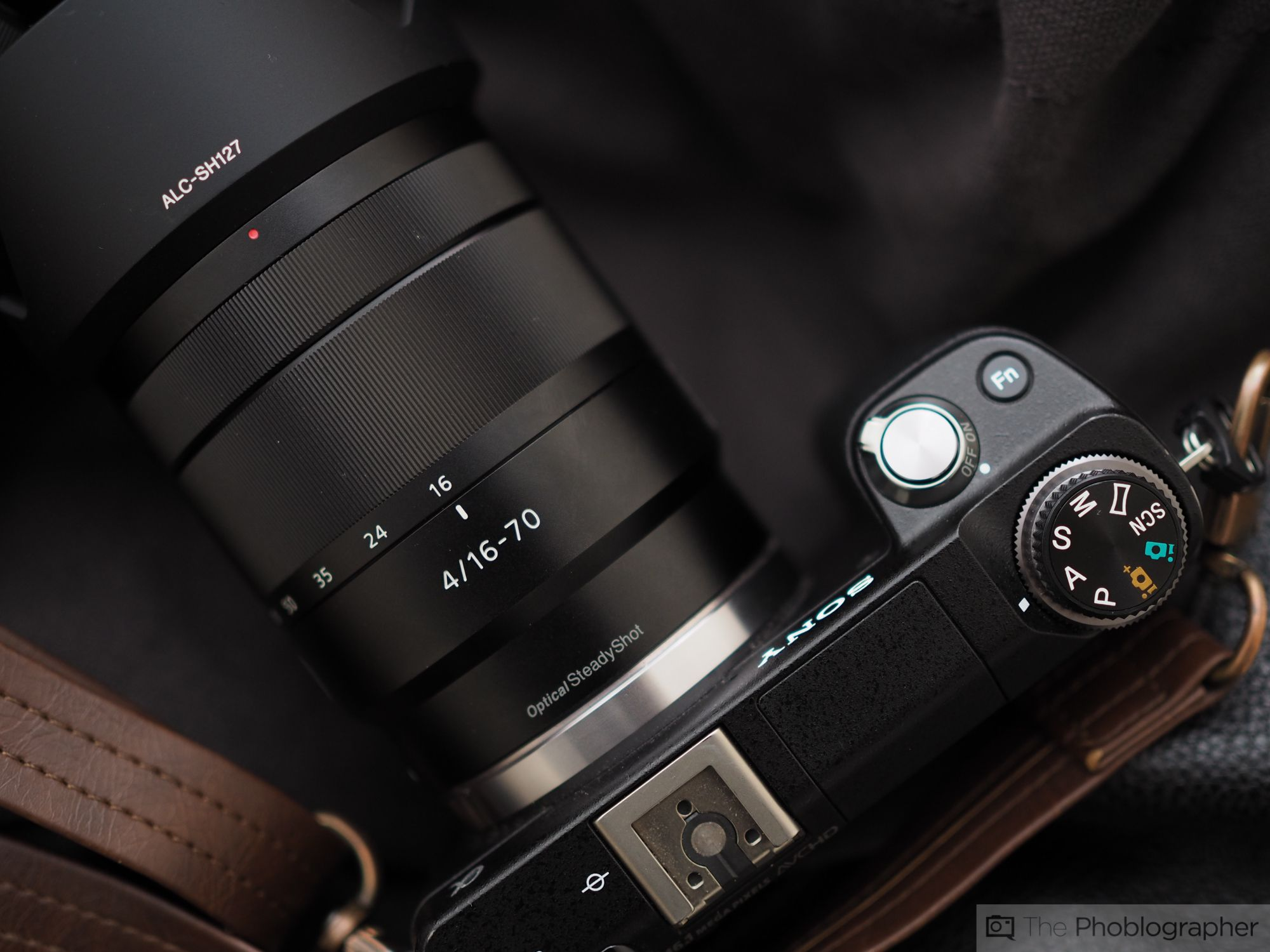 Review Sony Zeiss 16 70mm F4 E Mount The Phoblographer Zeiss Sony Mounting