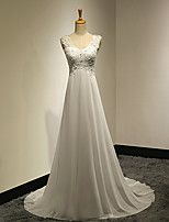A-line Petite / Plus Sizes Wedding Dress - White Sweep/Brush Train V-neck Chiffon / Lace