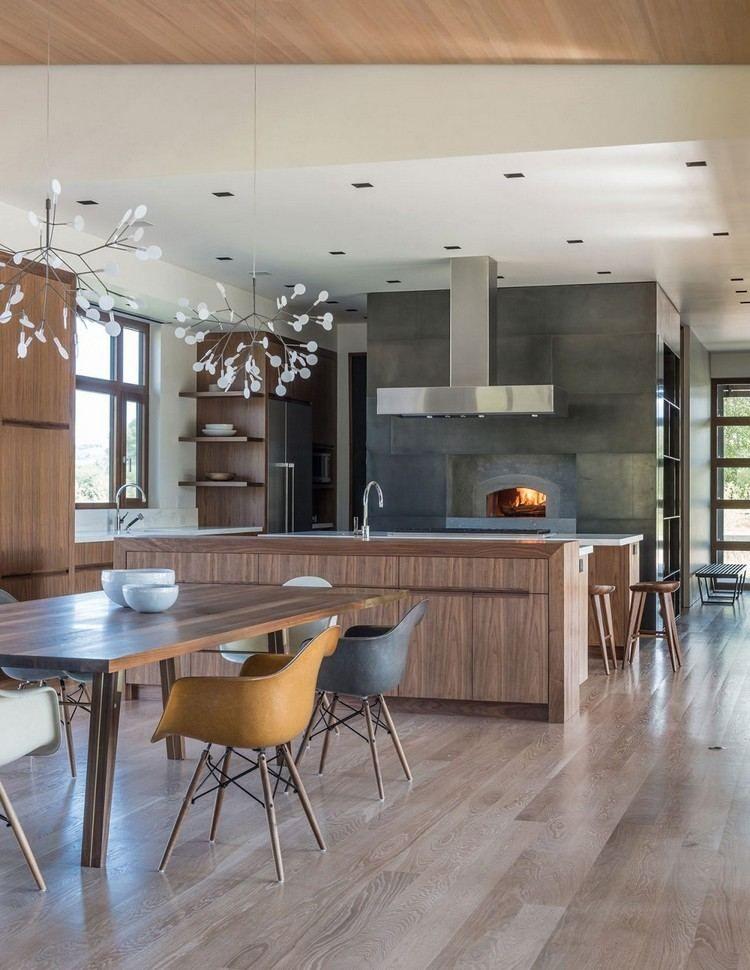 fenêtres bois, suspensions design, cuisine ouverte sur le salon et
