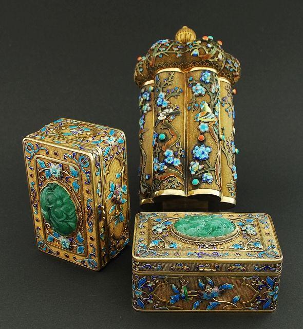 Chinese silver gilt enamelled tea caddy and boxes // - Maria Elena Garcia -  ► www.pinterest.com/megardel/ ◀︎