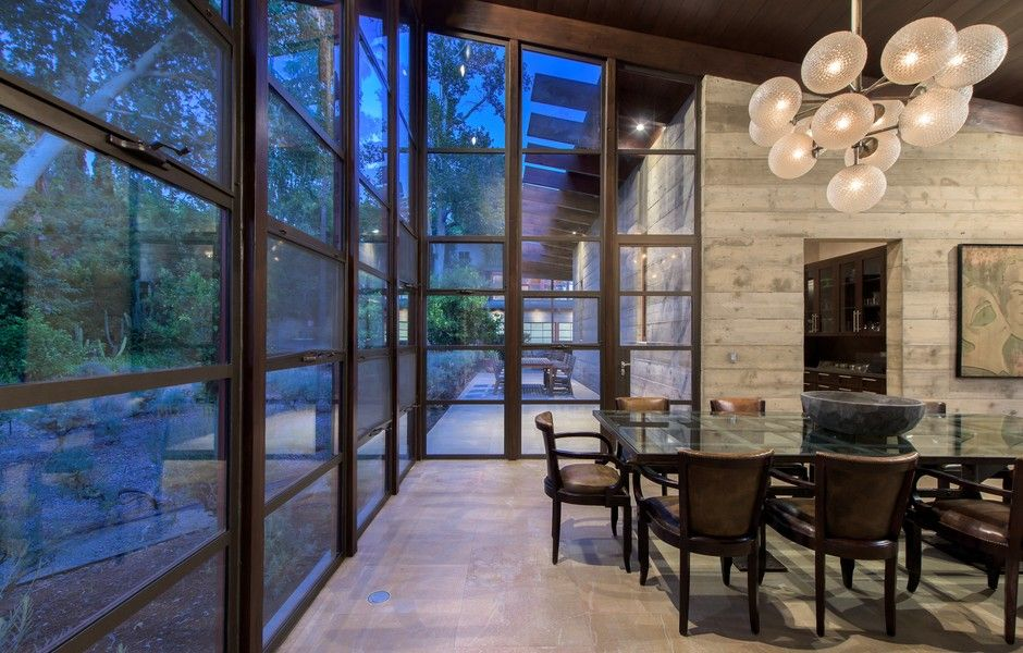 Modern Concrete And Glass Pad Set Hillside Above The San Fernando Valley Architecture Architecture Details House Design
