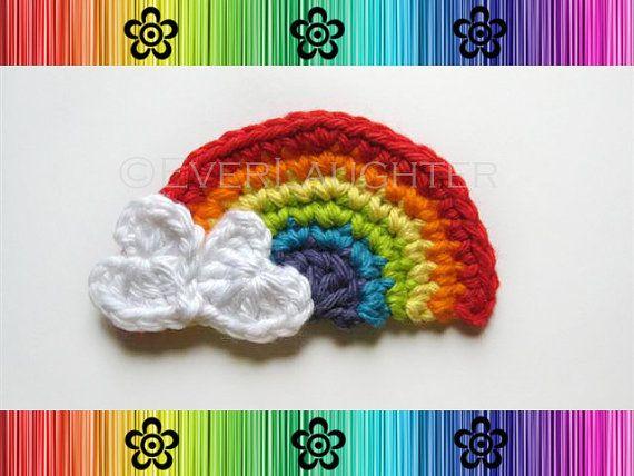 Crochet Pattern Rainbow Applique With Heart Clouds Detailed Photos Patron Pendientes De Ganchillo Apliques De Crochet Patron De Ganchillo