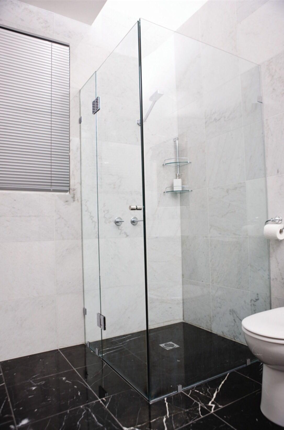Screen | tiny corner shower ideas | Pinterest | Screens, Corner and Bath