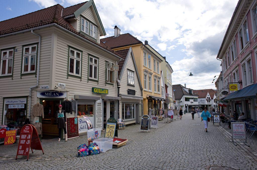 https://flic.kr/p/aFnn2k | nor_2011_439 | Bergen